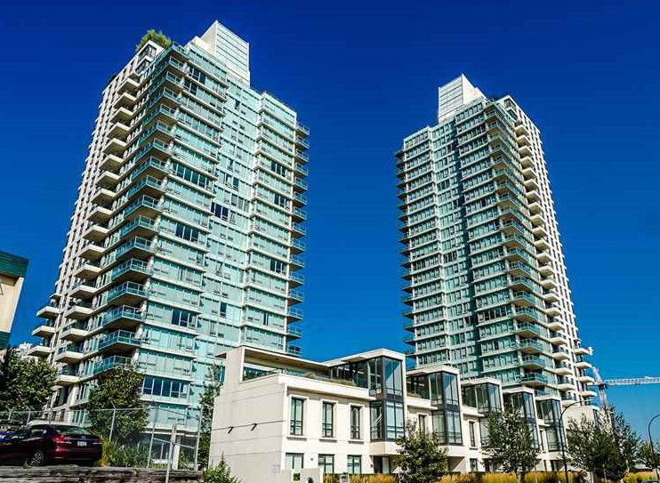 Main Photo: 2005 2232 DOUGLAS Road in Burnaby: Brentwood Park Condo for sale (Burnaby North)  : MLS®# R2408066
