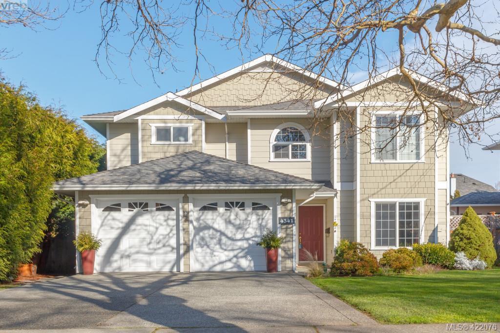 Main Photo: 4341 Shelbourne St in VICTORIA: SE Gordon Head House for sale (Saanich East)  : MLS®# 835438