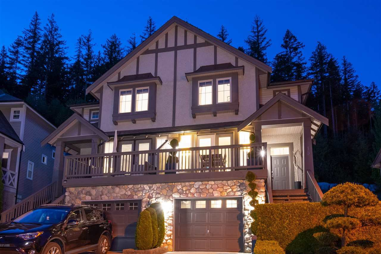 "Main Photo: 15 HICKORY Drive in Port Moody: Heritage Woods PM 1/2 Duplex for sale in ""ECHO RIDGE"" : MLS®# R2457103"