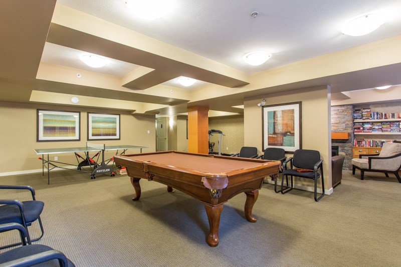 "Photo 19: Photos: 412 20750 DUNCAN Way in Langley: Langley City Condo for sale in ""Fairfield Lane"" : MLS®# R2444787"