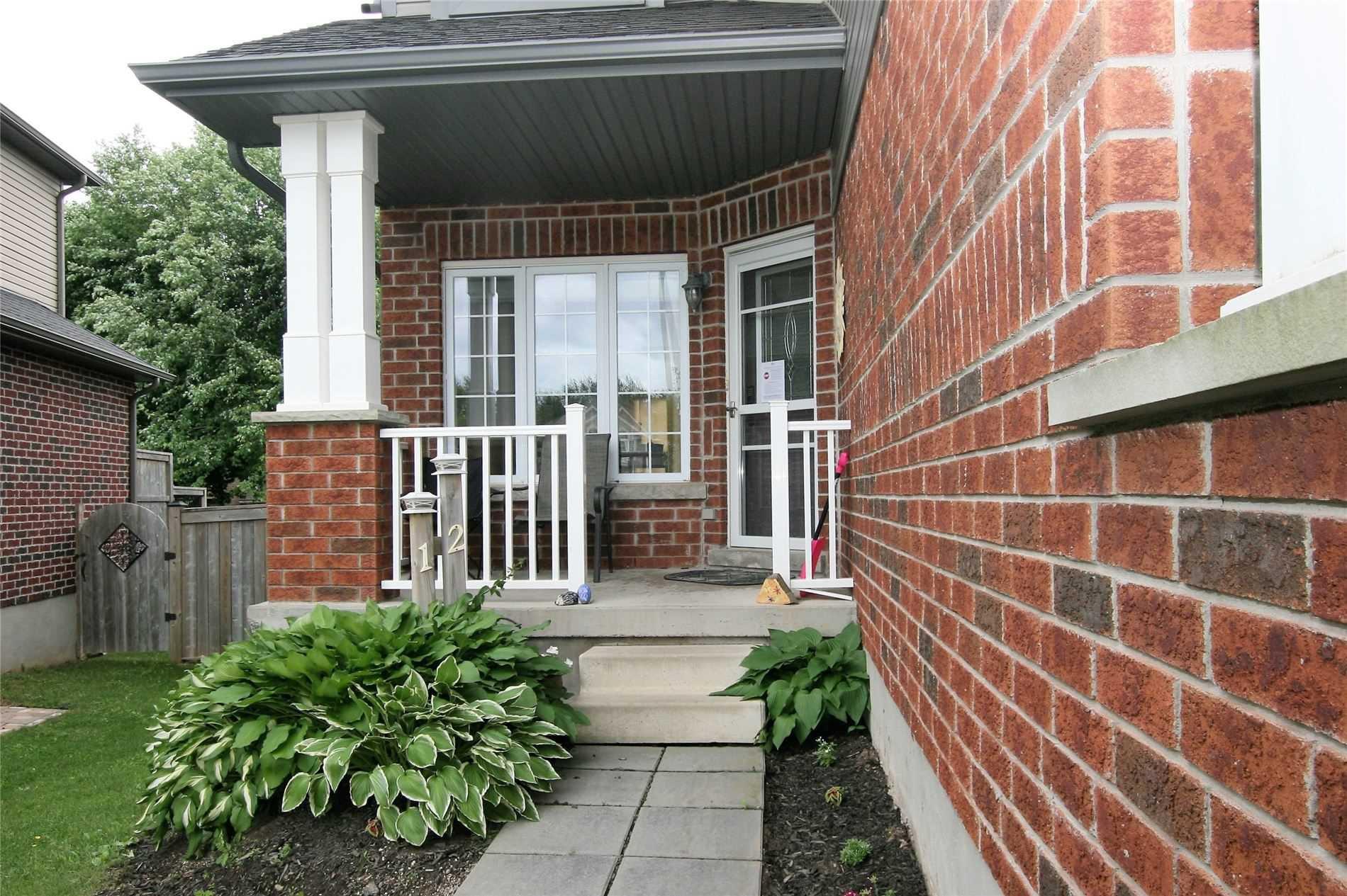 Main Photo: 12 Samuel Court: Orangeville House (2-Storey) for sale : MLS®# W4805579