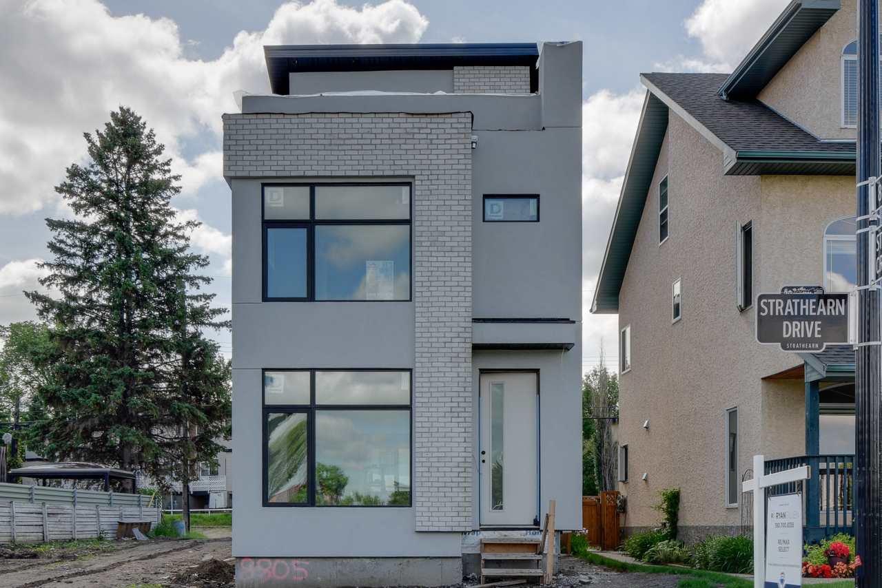 Main Photo: 8805 Strathearn Drive in Edmonton: Zone 18 House for sale : MLS®# E4203339