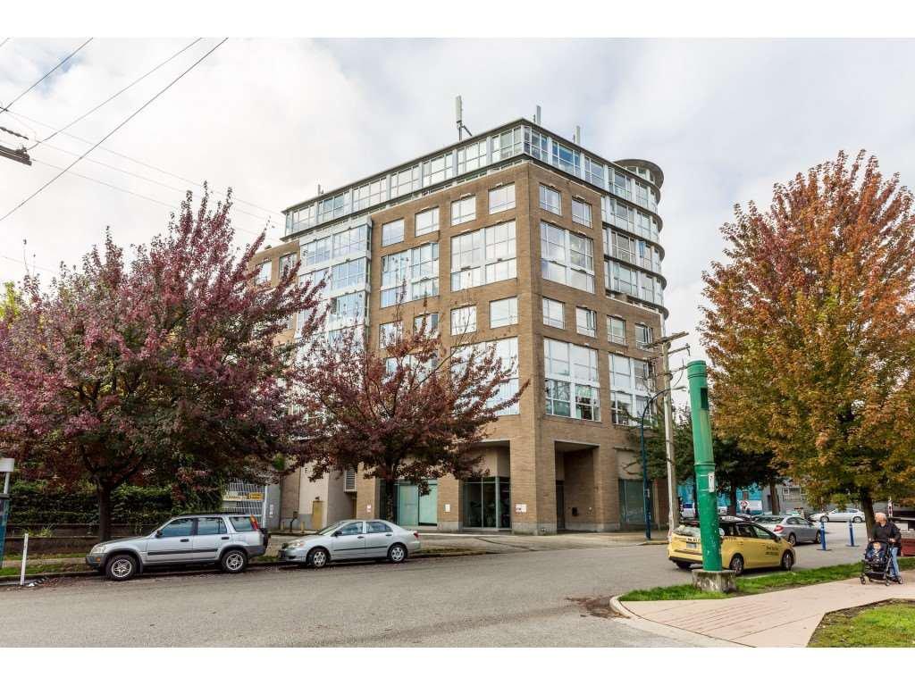 """Main Photo: 419 288 E 8TH Avenue in Vancouver: Mount Pleasant VE Condo for sale in """"Metrovista"""" (Vancouver East)  : MLS®# R2407649"""