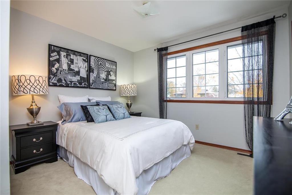 Photo 14: Photos: 46 Hagen Drive in Winnipeg: Westwood Residential for sale (5G)  : MLS®# 1928507
