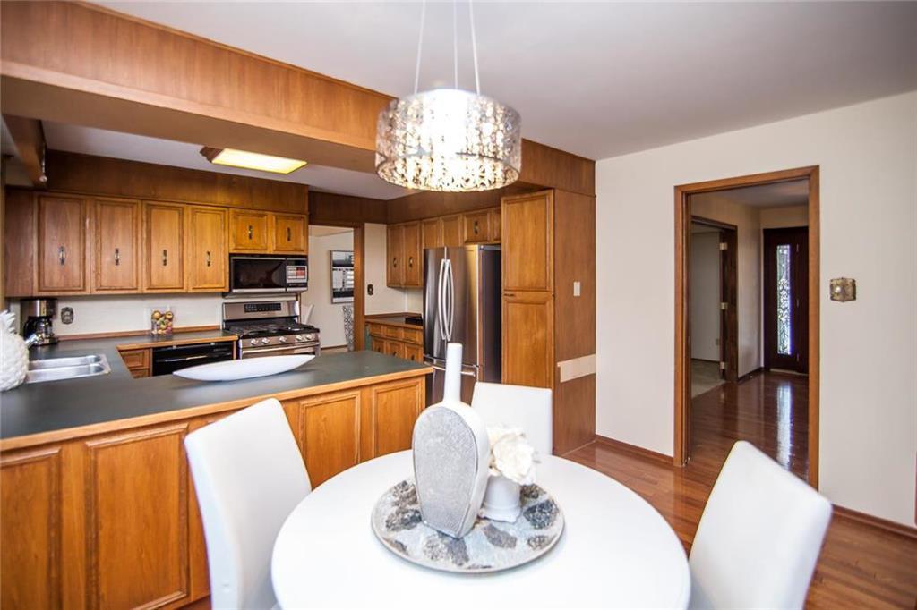 Photo 9: Photos: 46 Hagen Drive in Winnipeg: Westwood Residential for sale (5G)  : MLS®# 1928507