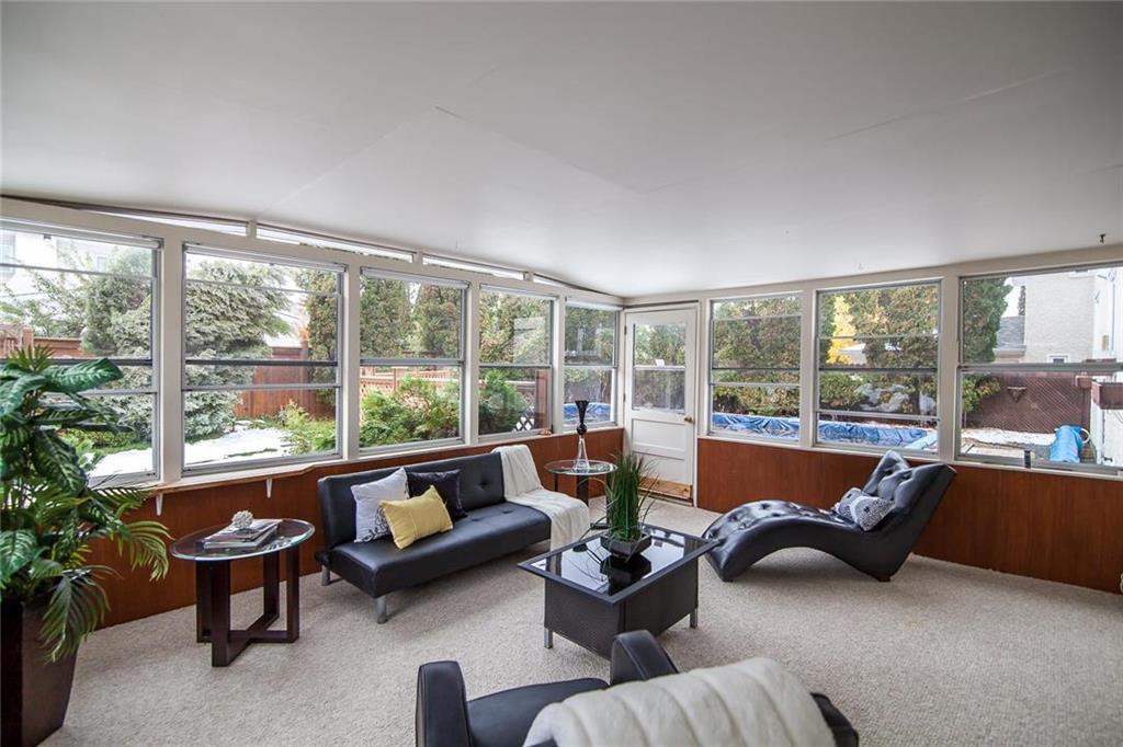 Photo 13: Photos: 46 Hagen Drive in Winnipeg: Westwood Residential for sale (5G)  : MLS®# 1928507