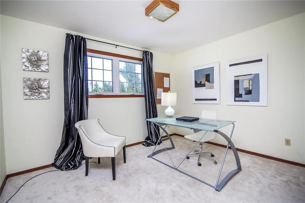Photo 17: Photos: 46 Hagen Drive in Winnipeg: Westwood Residential for sale (5G)  : MLS®# 1928507