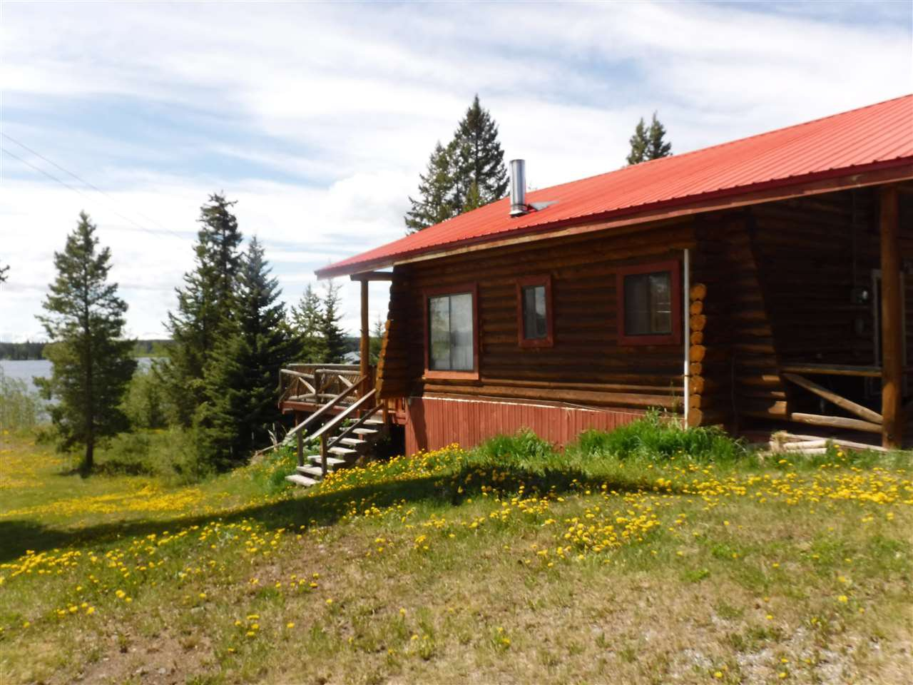 Photo 2: Photos: 2751 REED ROAD in Williams Lake: Williams Lake - Rural West House for sale (Williams Lake (Zone 27))  : MLS®# R2460768