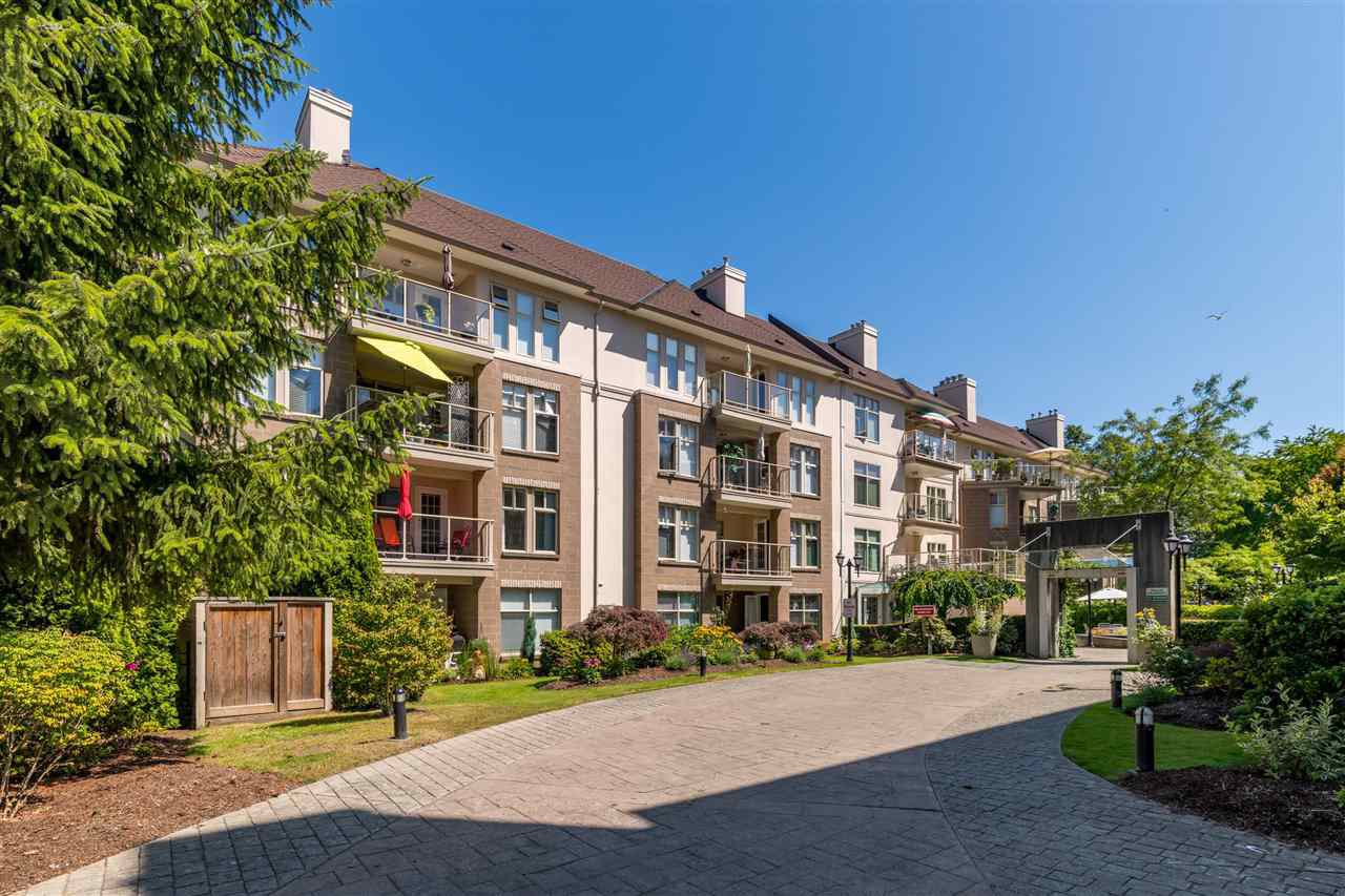 "Main Photo: 201 15350 19A Avenue in Surrey: King George Corridor Condo for sale in ""STRATFORD GARDENS"" (South Surrey White Rock)  : MLS®# R2465076"