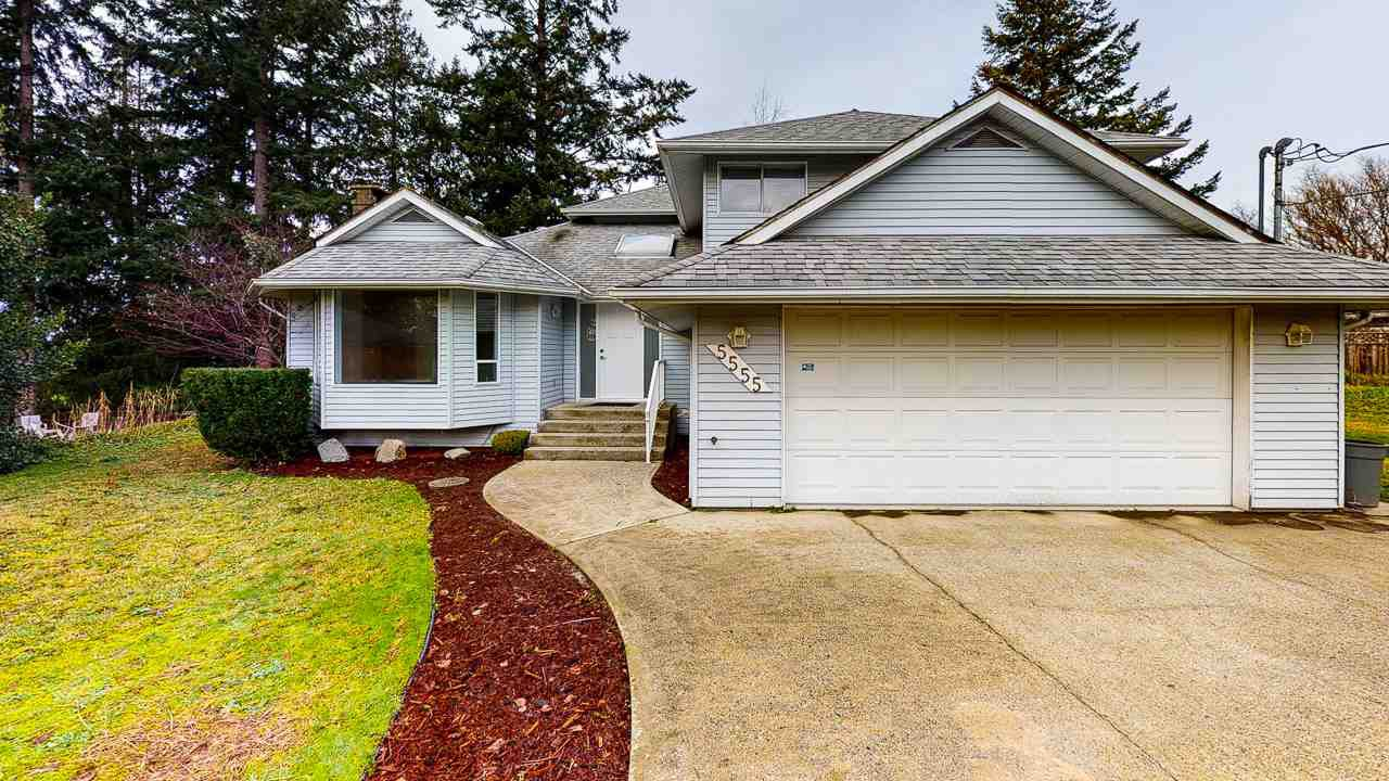 Main Photo: 5555 WINTER Road in Sechelt: Sechelt District House for sale (Sunshine Coast)  : MLS®# R2527454