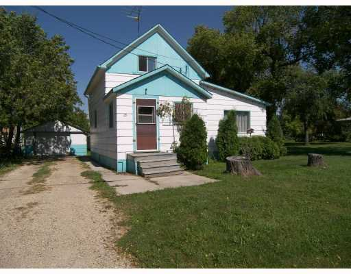 Main Photo: 25 RIVER Avenue in ST JEAN: Manitoba Other Single Family Detached for sale : MLS®# 2715419