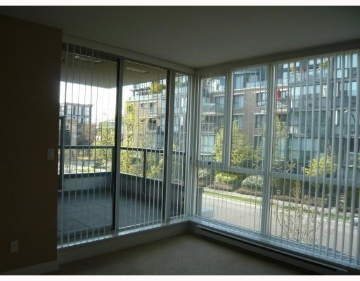 Main Photo: # 209 1450 W 6TH AV in Vancouver: Condo for sale : MLS®# V707973