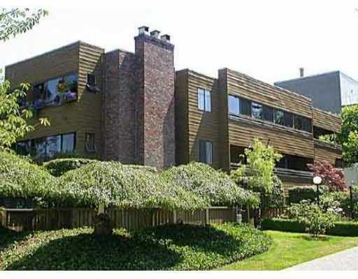 """Main Photo: 304 2424 CYPRESS Street in Vancouver: Kitsilano Condo for sale in """"CYPRESS PLACE"""" (Vancouver West)  : MLS®# V646941"""