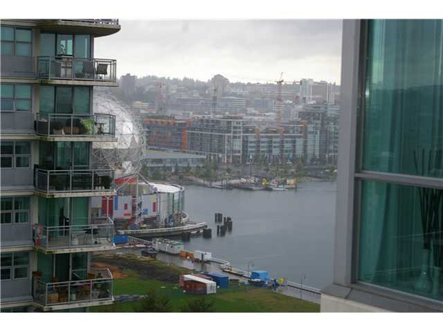 Photo 8: Photos: 1703 125 Millross in Vancouver: Mount Pleasant VE Condo for sale (Vancouver East)  : MLS®# V913939