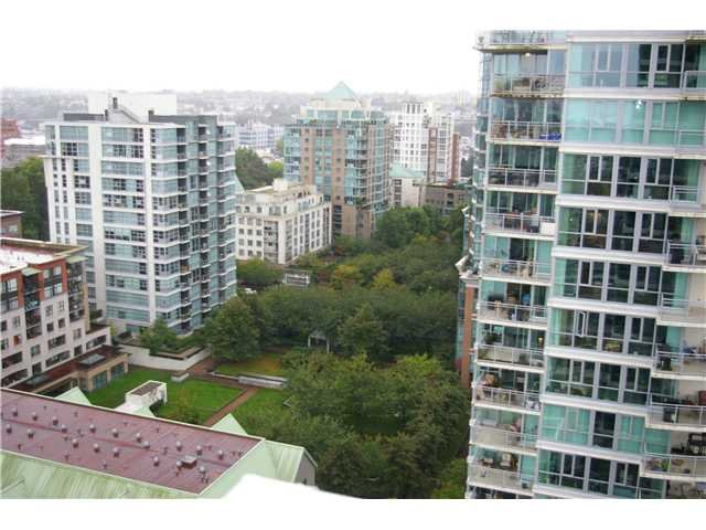 Photo 9: Photos: 1703 125 Millross in Vancouver: Mount Pleasant VE Condo for sale (Vancouver East)  : MLS®# V913939