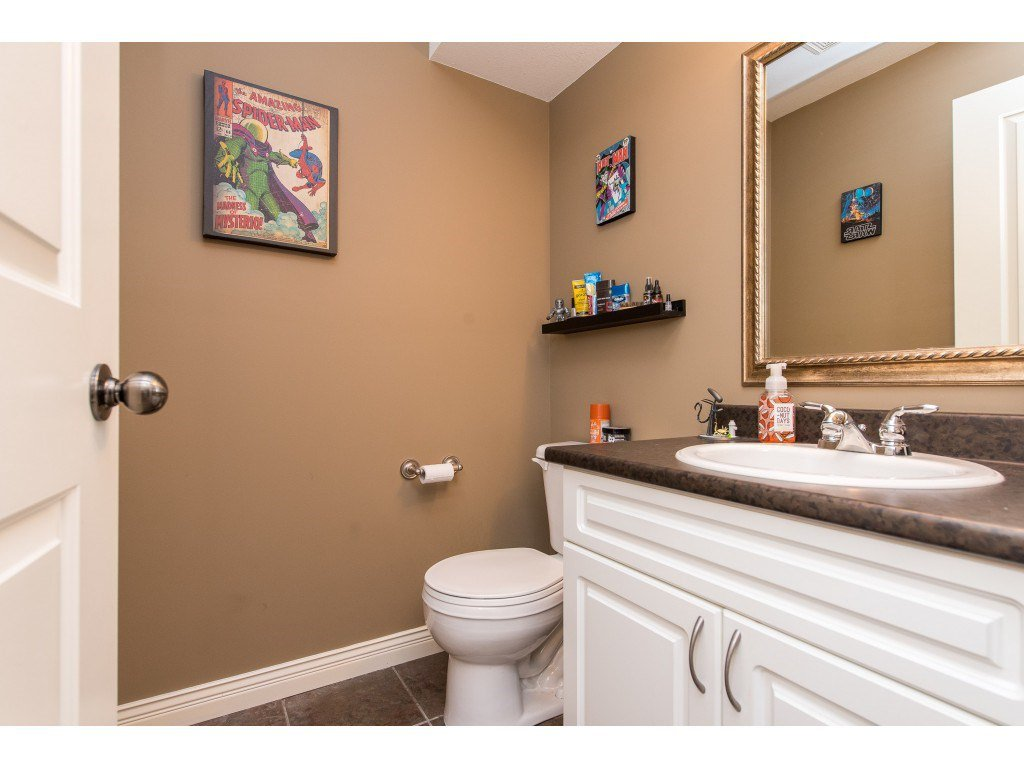 """Photo 33: Photos: 68 5556 PEACH Road in Chilliwack: Vedder S Watson-Promontory Townhouse for sale in """"The Gables at Riverbend"""" (Sardis)  : MLS®# R2453710"""