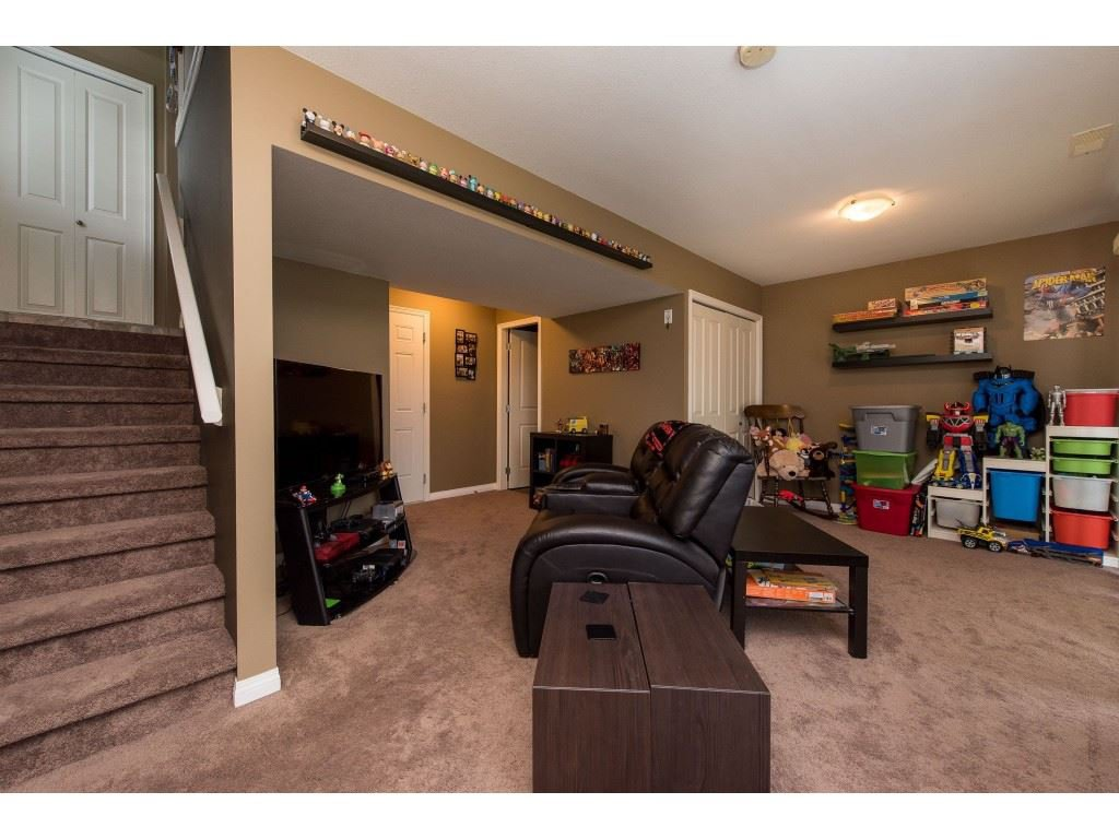 """Photo 30: Photos: 68 5556 PEACH Road in Chilliwack: Vedder S Watson-Promontory Townhouse for sale in """"The Gables at Riverbend"""" (Sardis)  : MLS®# R2453710"""
