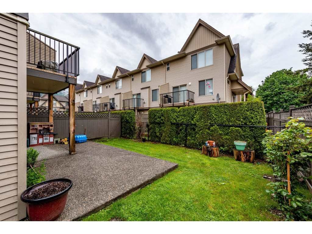 """Photo 37: Photos: 68 5556 PEACH Road in Chilliwack: Vedder S Watson-Promontory Townhouse for sale in """"The Gables at Riverbend"""" (Sardis)  : MLS®# R2453710"""