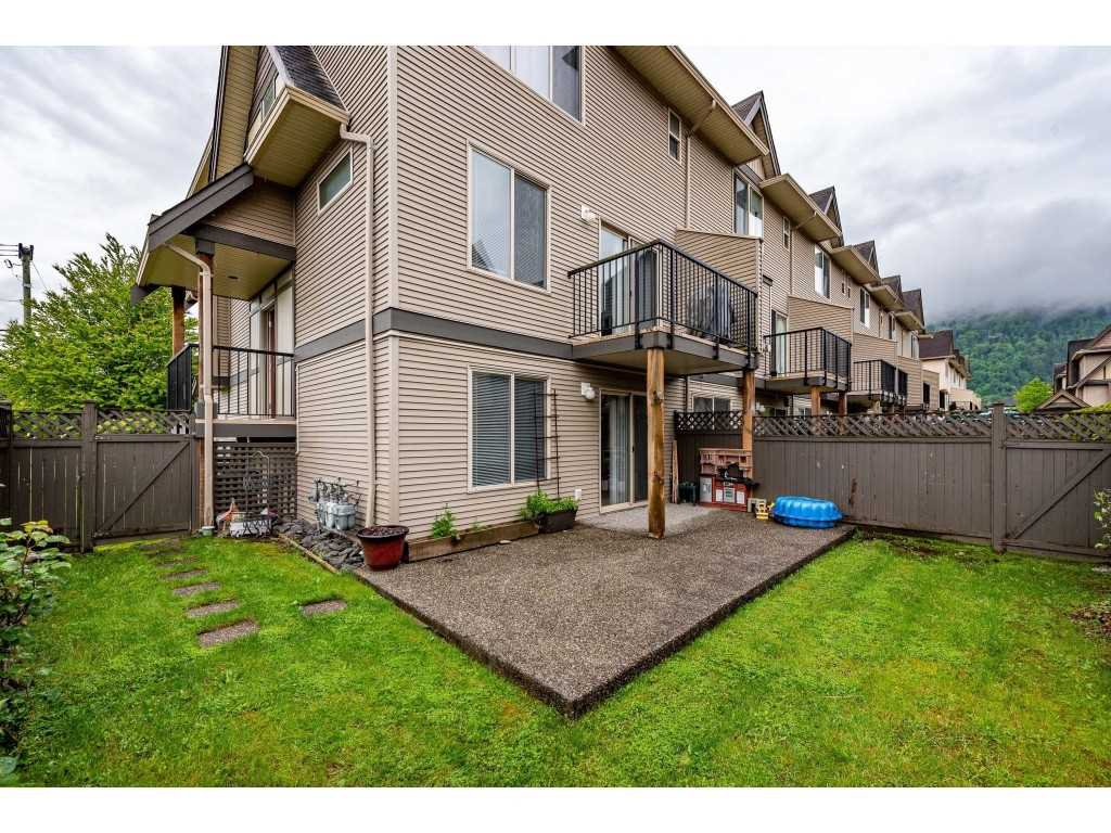 """Photo 35: Photos: 68 5556 PEACH Road in Chilliwack: Vedder S Watson-Promontory Townhouse for sale in """"The Gables at Riverbend"""" (Sardis)  : MLS®# R2453710"""