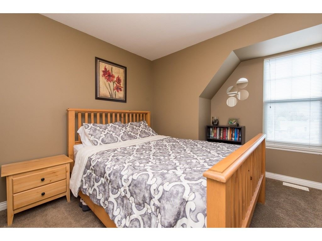 """Photo 26: Photos: 68 5556 PEACH Road in Chilliwack: Vedder S Watson-Promontory Townhouse for sale in """"The Gables at Riverbend"""" (Sardis)  : MLS®# R2453710"""