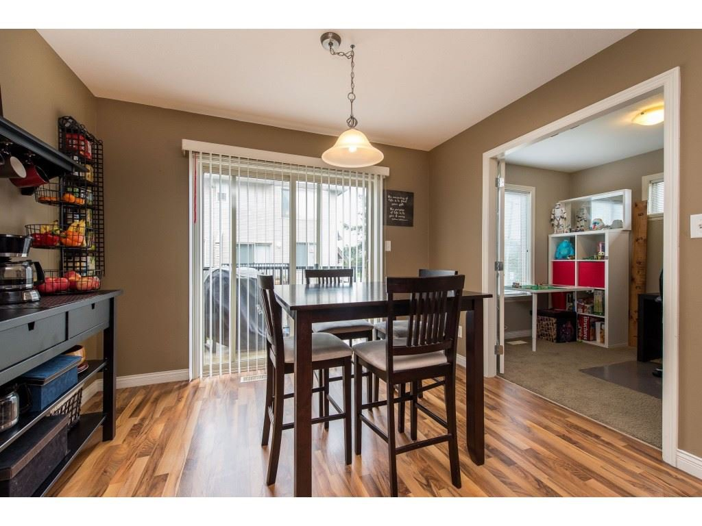"""Photo 17: Photos: 68 5556 PEACH Road in Chilliwack: Vedder S Watson-Promontory Townhouse for sale in """"The Gables at Riverbend"""" (Sardis)  : MLS®# R2453710"""