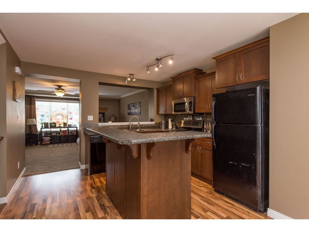 """Photo 14: Photos: 68 5556 PEACH Road in Chilliwack: Vedder S Watson-Promontory Townhouse for sale in """"The Gables at Riverbend"""" (Sardis)  : MLS®# R2453710"""