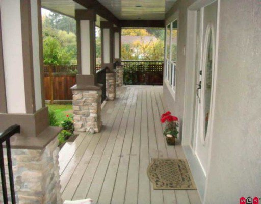 Photo 9: Photos: 19721 71A Avenue in Langley: Willoughby Heights House for sale : MLS®# F2924609