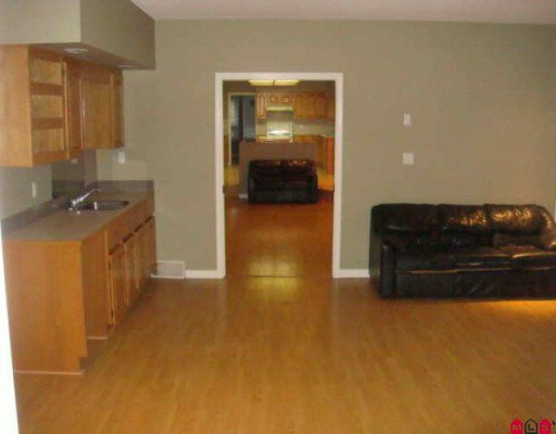 Photo 2: Photos: 19721 71A Avenue in Langley: Willoughby Heights House for sale : MLS®# F2924609