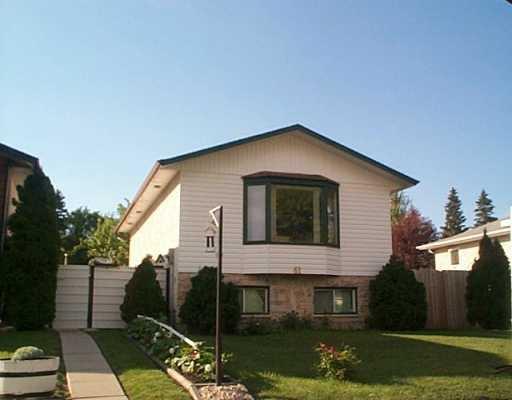 Main Photo: 61 MARALBO Avenue East in Winnipeg: St Vital Single Family Detached for sale (South East Winnipeg)  : MLS®# 2511095