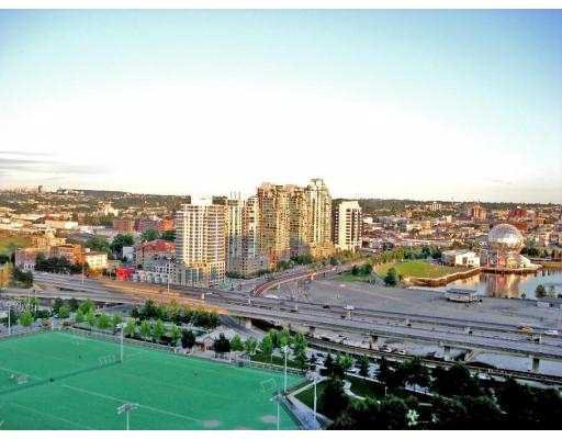 """Main Photo: 2601 550 TAYLOR Street in Vancouver: Downtown VW Condo for sale in """"TALOR"""" (Vancouver West)  : MLS®# V663608"""