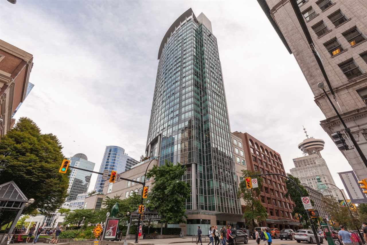 "Main Photo: 2602 837 W HASTINGS Street in Vancouver: Downtown VW Condo for sale in ""Terminal City Club Tower"" (Vancouver West)  : MLS®# R2396501"