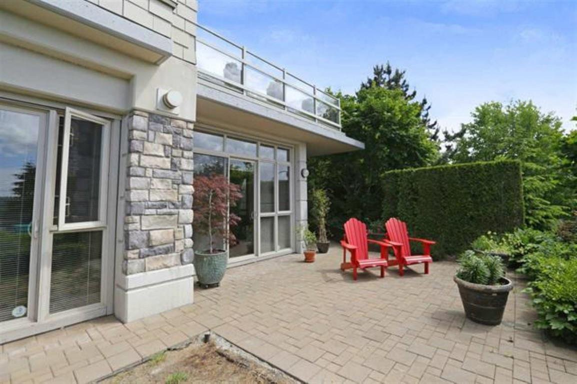 """Photo 12: Photos: 119 530 RAVEN WOODS Drive in North Vancouver: Roche Point Condo for sale in """"SEASONS SOUTH @ RAVEN WOODS"""" : MLS®# R2432659"""