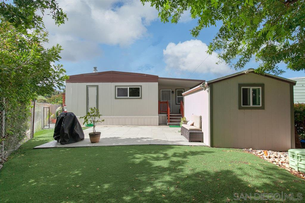 Main Photo: SAN DIEGO Mobile Home for sale : 2 bedrooms : 1951 47th STREET #83