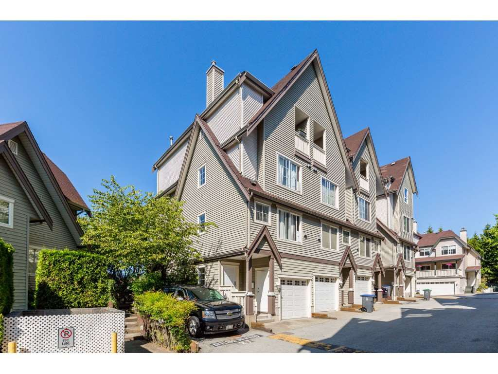 "Main Photo: 68 15355 26 Avenue in Surrey: King George Corridor Townhouse for sale in ""Southwind"" (South Surrey White Rock)  : MLS®# R2409072"