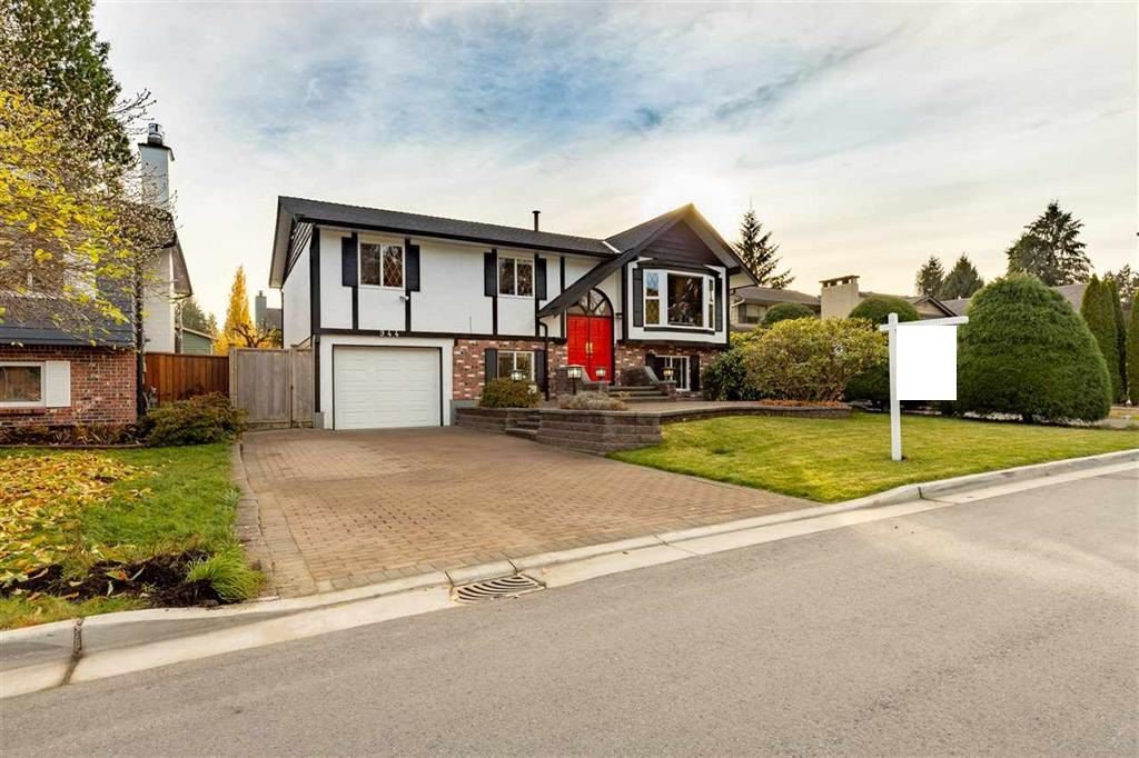 Main Photo: 944 CORNWALL Place in Port Coquitlam: Lincoln Park PQ House for sale : MLS®# R2417690