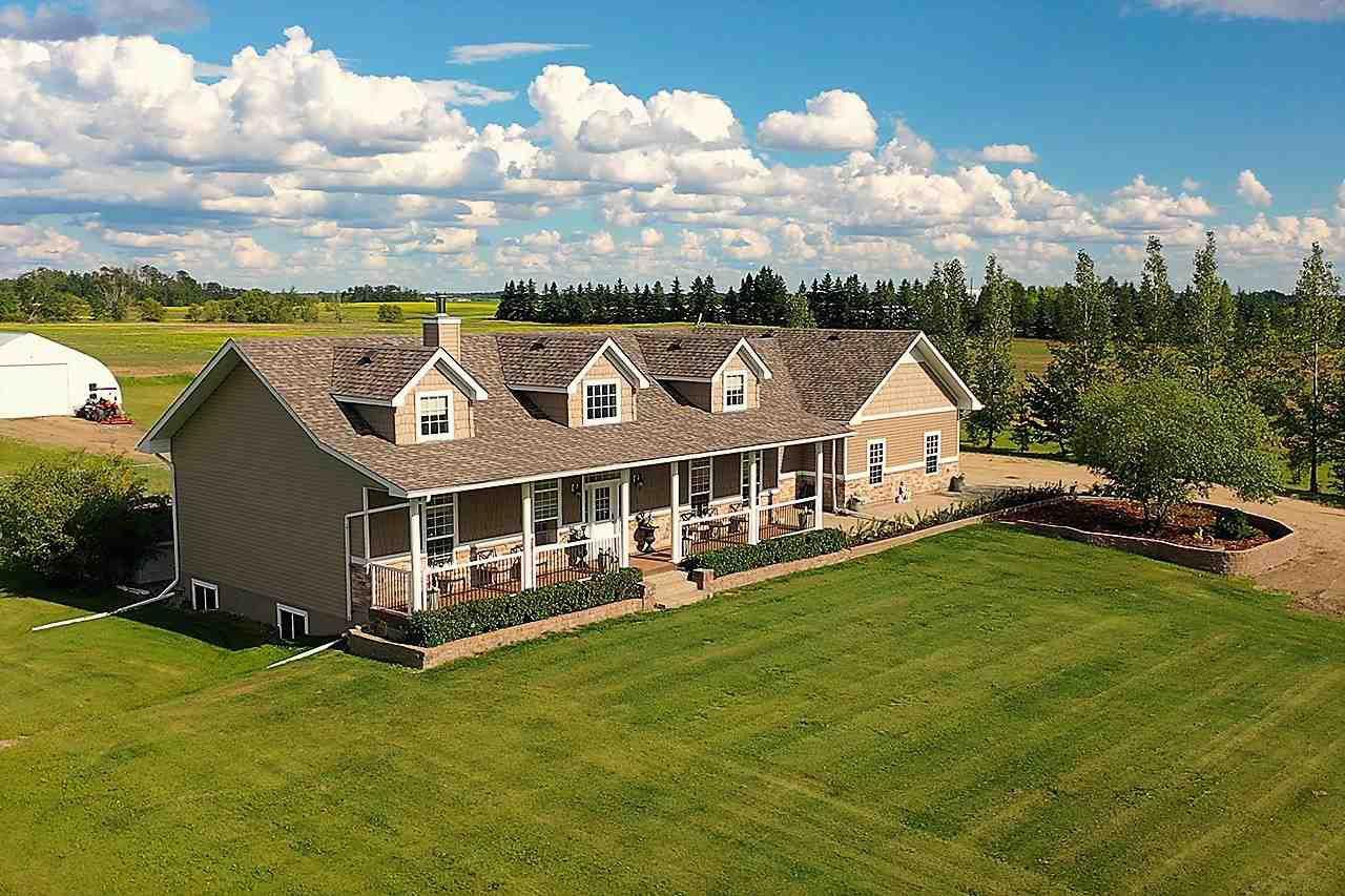Main Photo: 55227 RANGE ROAD 262: Rural Sturgeon County House for sale : MLS®# E4206977