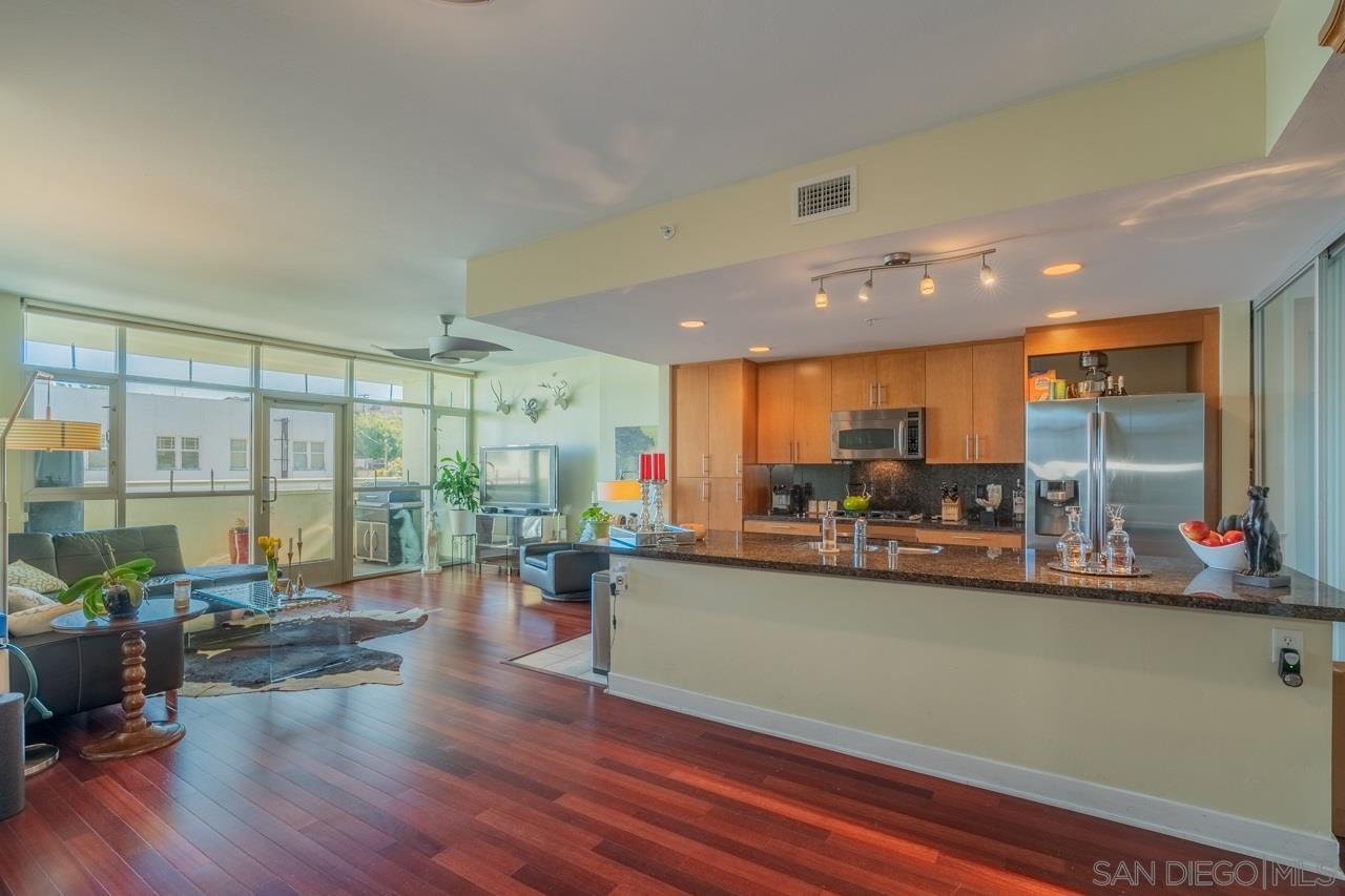 Main Photo: SAN DIEGO Condo for sale : 1 bedrooms : 3812 Park Blvd #204