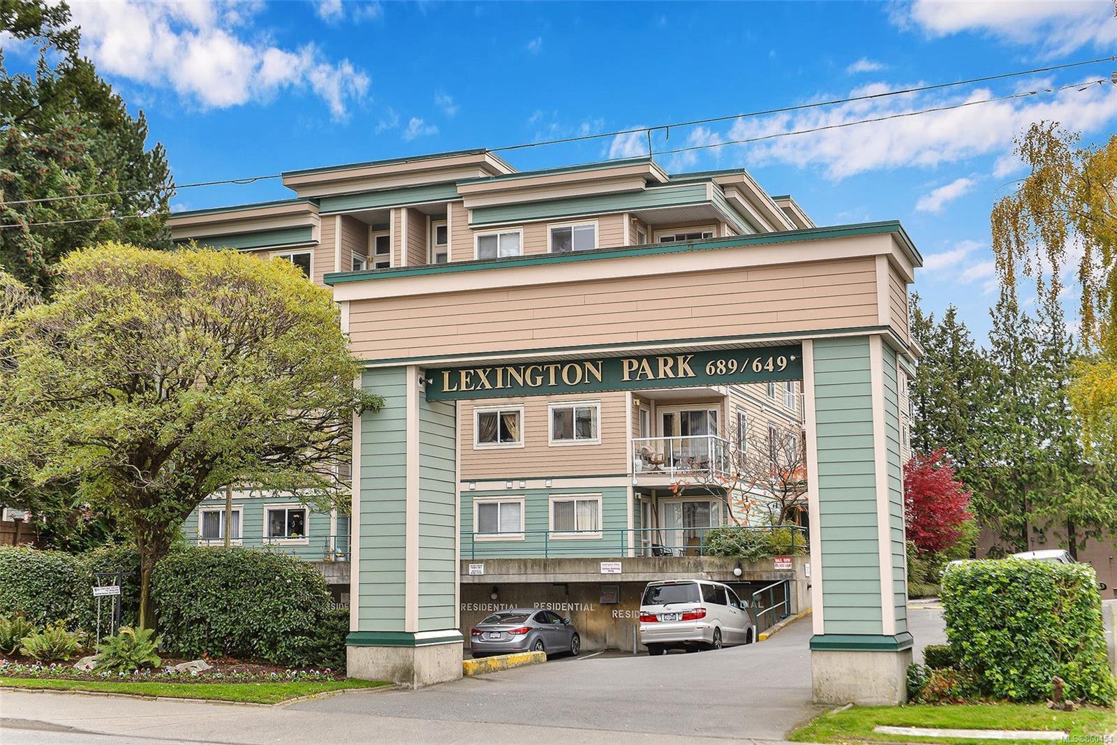 Main Photo: 304 689 Bay St in : Vi Downtown Condo for sale (Victoria)  : MLS®# 860454