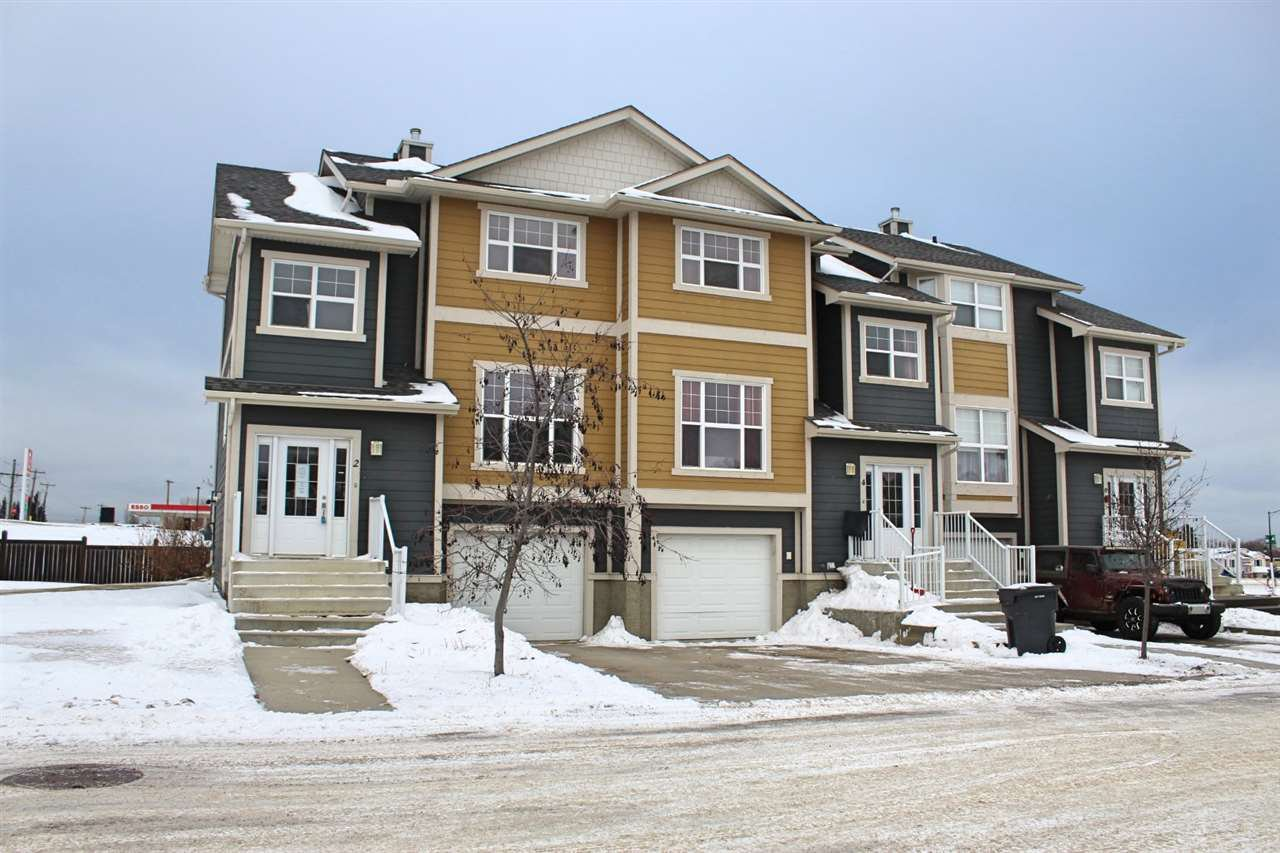 Main Photo: 2 1501 8 Avenue: Cold Lake Townhouse for sale : MLS®# E4221358