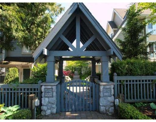 Main Photo: # 15 1027 LYNN VALLEY RD in North Vancouver: Condo for sale : MLS®# V829211
