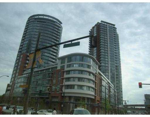 """Photo 1: Photos: 806 688 ABBOTT Street in Vancouver: Downtown VW Condo for sale in """"FIRENZE - TOWER II"""" (Vancouver West)  : MLS®# V656581"""