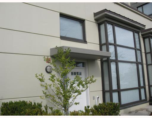 """Main Photo: 5 4178 DAWSON Street in Burnaby: Central BN Condo for sale in """"TANDEM"""" (Burnaby North)  : MLS®# V670510"""
