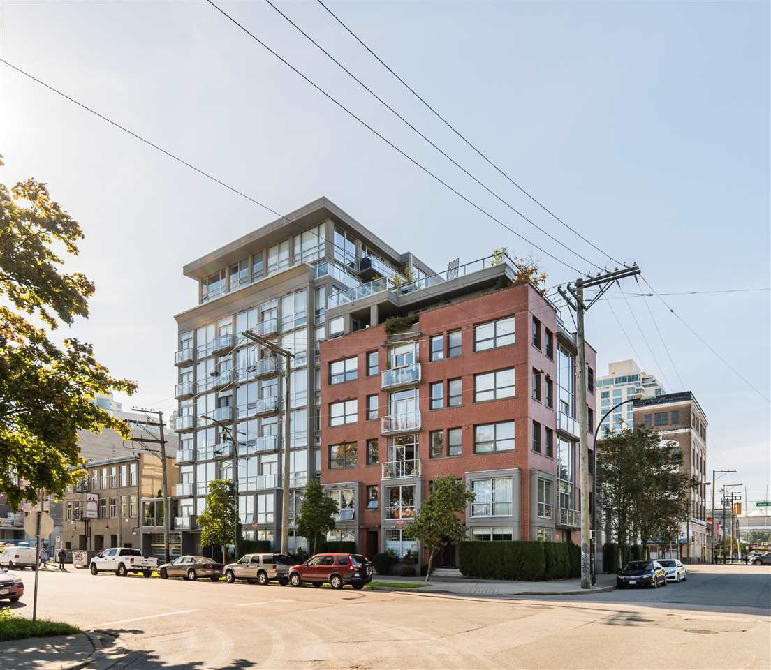 "Main Photo: 202 919 STATION Street in Vancouver: Strathcona Condo for sale in ""Left Bank"" (Vancouver East)  : MLS®# R2413251"