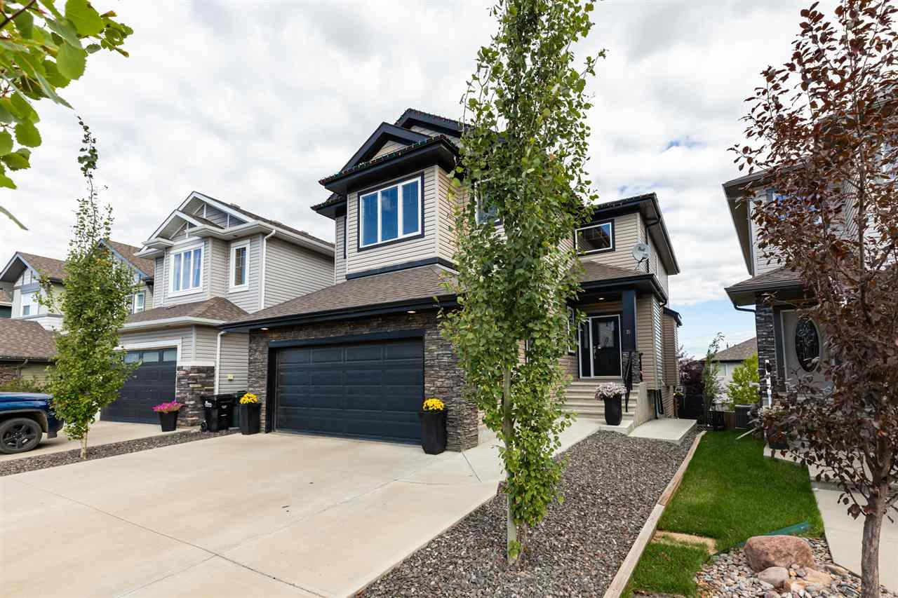 Main Photo: 21 CODETTE Way: Sherwood Park House for sale : MLS®# E4212560