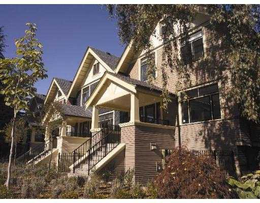 """Main Photo: 1425 W 11TH Ave in Vancouver: Fairview VW Townhouse for sale in """"1425 WEST 11TH"""" (Vancouver West)  : MLS®# V638442"""