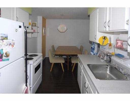 """Photo 6: Photos: 205 1585 E 4TH Avenue in Vancouver: Grandview VE Condo for sale in """"ALPINE PLACE"""" (Vancouver East)  : MLS®# V660323"""