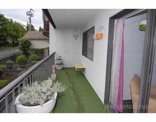 """Photo 10: Photos: 205 1585 E 4TH Avenue in Vancouver: Grandview VE Condo for sale in """"ALPINE PLACE"""" (Vancouver East)  : MLS®# V660323"""