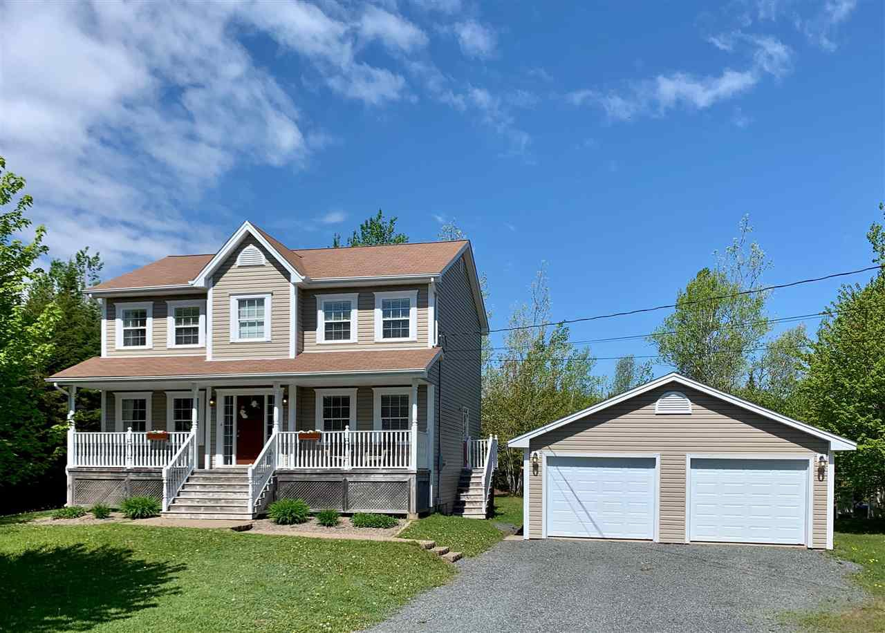 Main Photo: 180 Bishops Gate Road in Hammonds Plains: 21-Kingswood, Haliburton Hills, Hammonds Pl. Residential for sale (Halifax-Dartmouth)  : MLS®# 202005783