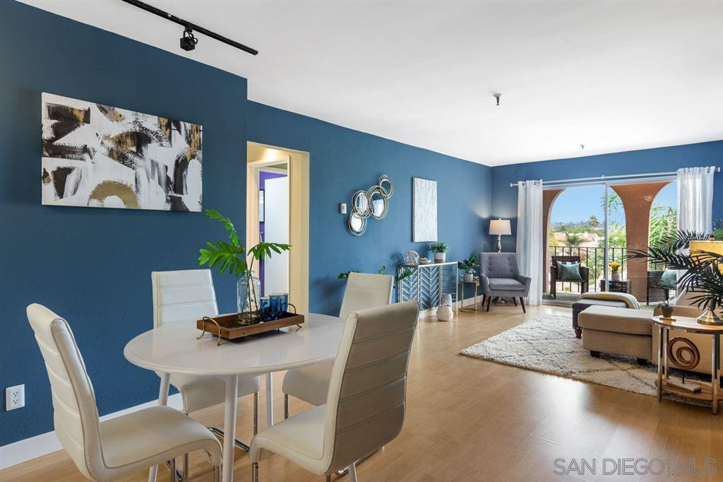 Main Photo: PACIFIC BEACH Condo for sale : 2 bedrooms : 4730 Noyes Street #Unit 412 in San Diego