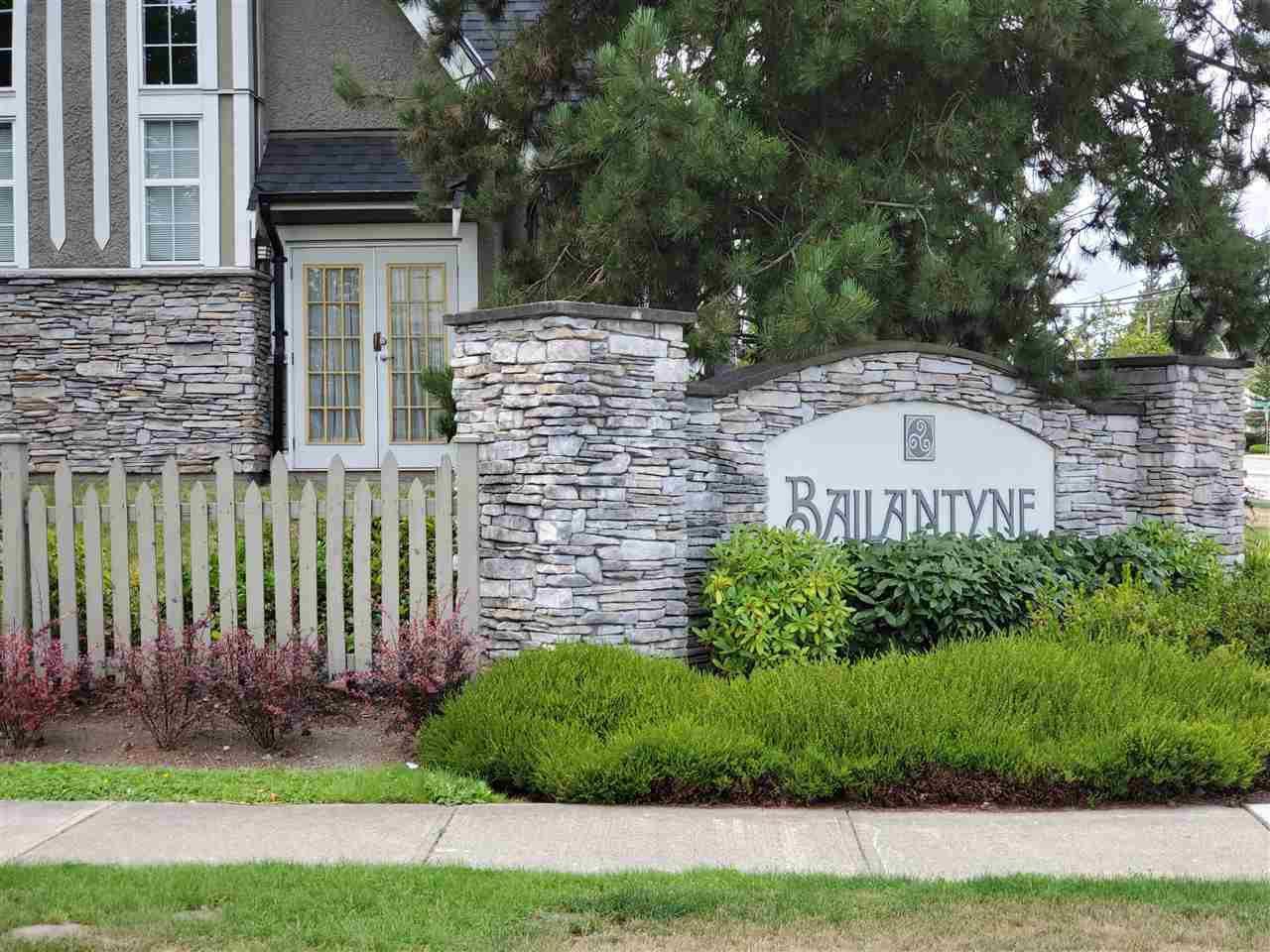 "Main Photo: 70 8775 161 Street in Surrey: Fleetwood Tynehead Townhouse for sale in ""BALLANTYNE"" : MLS®# R2488432"
